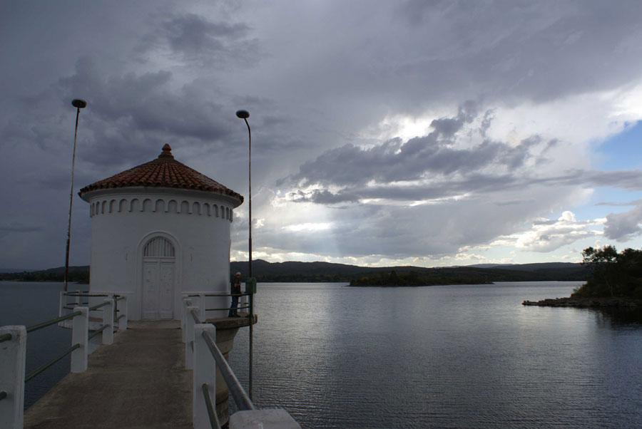 Hostel-Tinktinkie-Hostel-en-Santa-Rosa-de-Calamuchita-Villa-Del-Dique-Trekking-Windsurf- náuticas-balnearios
