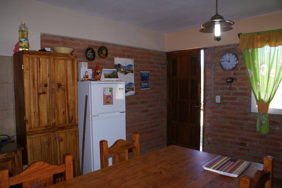 Cocina-Comedor-Hostel-Tinktinkie-En-Santa Rosa-De-Calamuchita; Hostel Santa Rosa de Calamuchita; Alojamiento Santa Rosa de Calamuchita